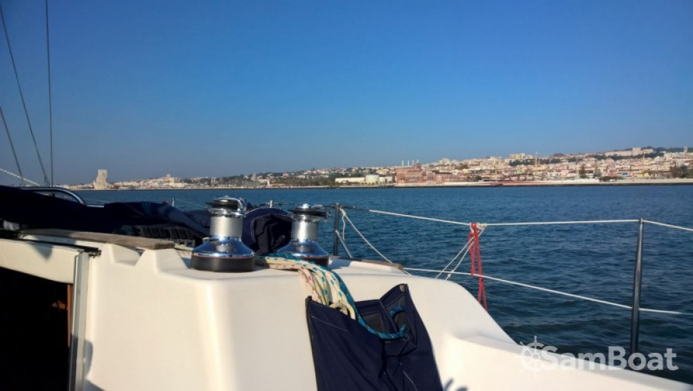 Bavaria Cruiser 37 between personal and professional Lisbon