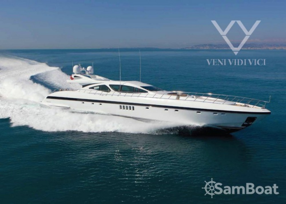 Mangusta Mangusta between personal and professional