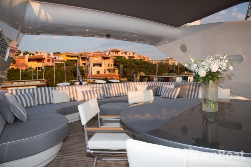 Hire Yacht with or without skipper International-Shipyard Cannes