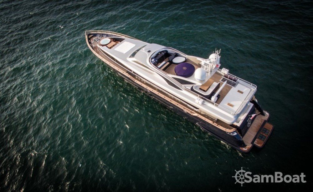 Boat rental H-Luxury-Yachting Luxury Yachting in Cannes on Samboat