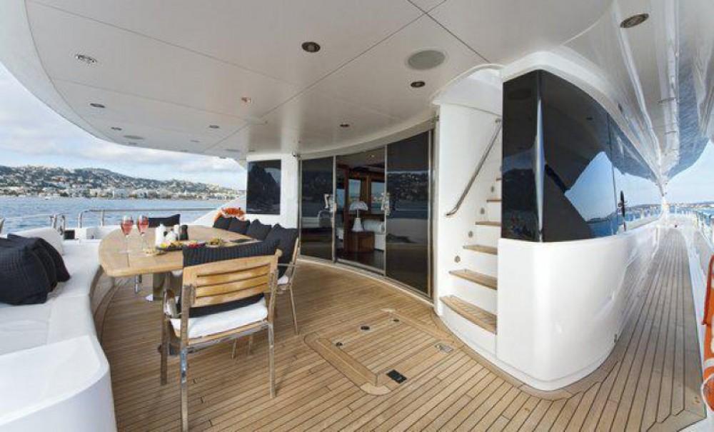 Rental Yacht in Antibes - Sunseeker Sunseeker