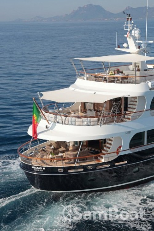 Hire Yacht with or without skipper Lynx-Yachts Vallauris
