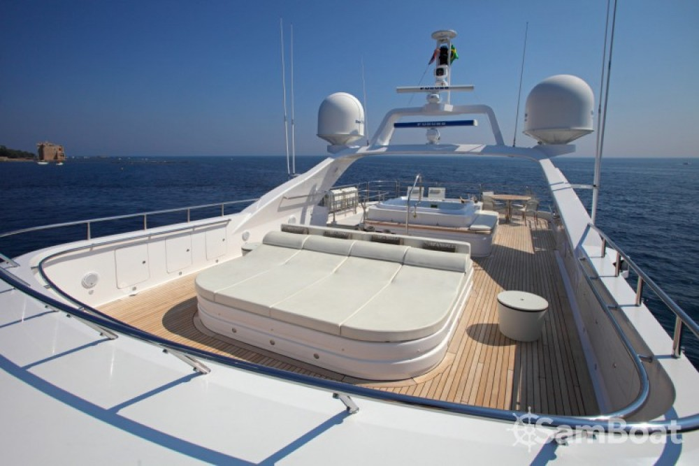 Hire Yacht with or without skipper Fittipaldi Cannes