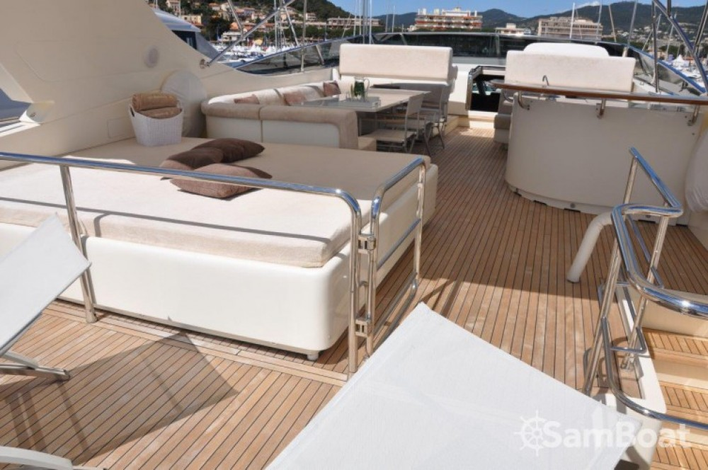 Yacht for rent Mandelieu-la-Napoule at the best price