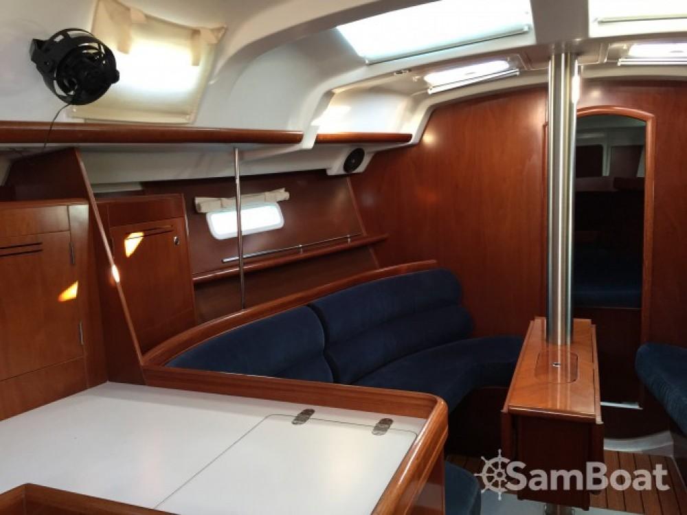 Rental yacht Bandol - Bénéteau Oceanis 343 Clipper on SamBoat