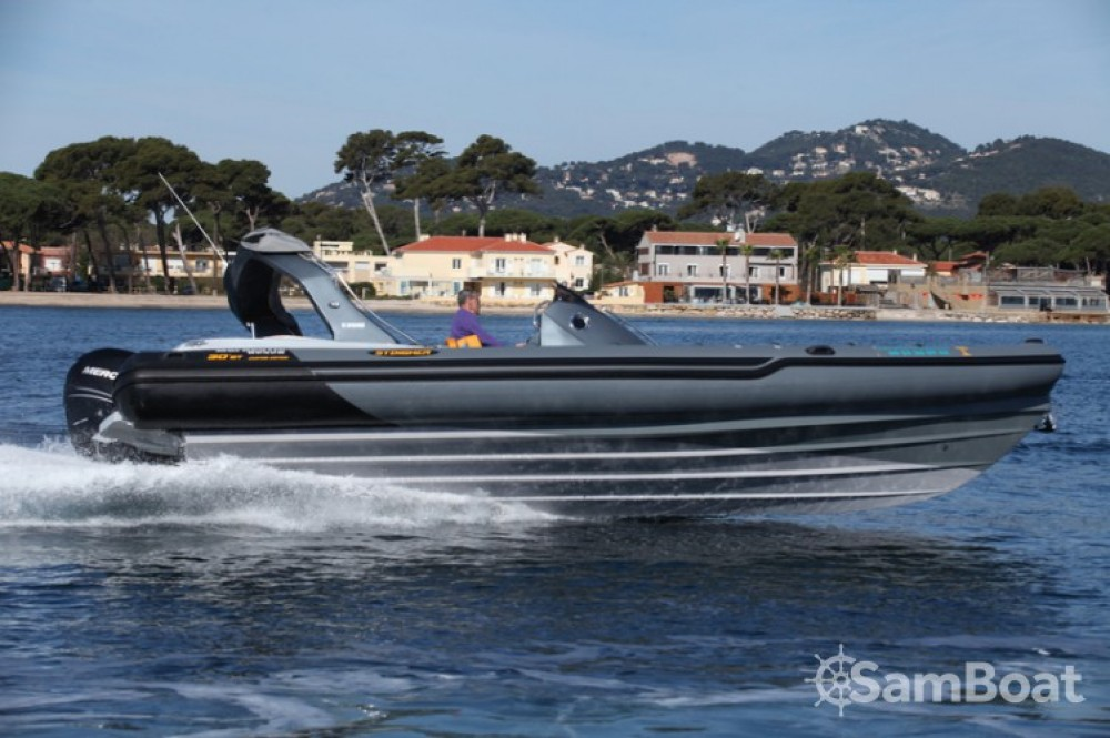 Rental RIB in Hyères - Italboats STINGHER 30 GT