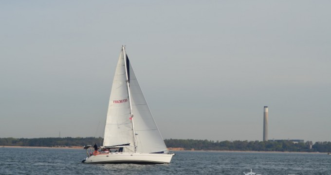 Sailboat for rent Cherbourg-Octeville at the best price