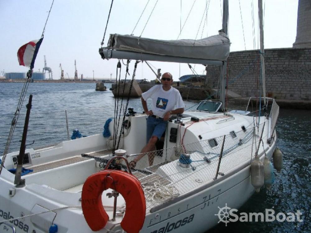 Rental Sailboat in Argelès-sur-Mer - Bénéteau First 31.7