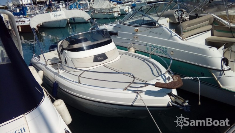 Boat rental Ranieri Shadow 20 in Nice on Samboat