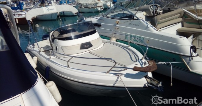 Motorboat for rent Nice at the best price