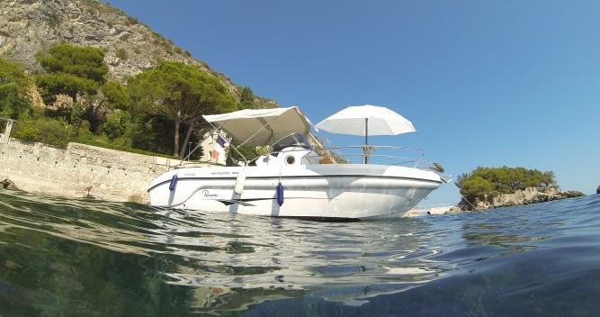 Rental Motorboat in Nice - Ranieri Shadow 20