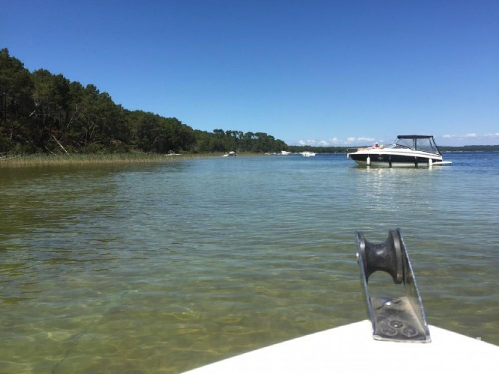 Boat rental Poseidon 510 Confort in Biscarrosse on Samboat