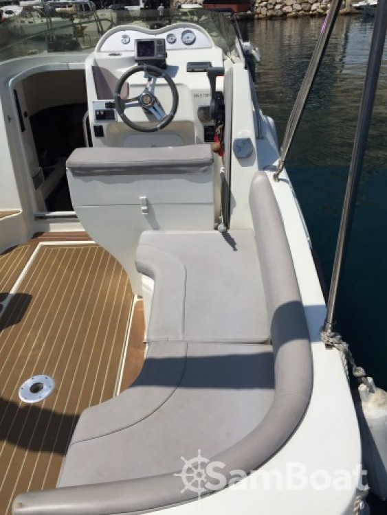 Boat rental Marseille cheap 750 day