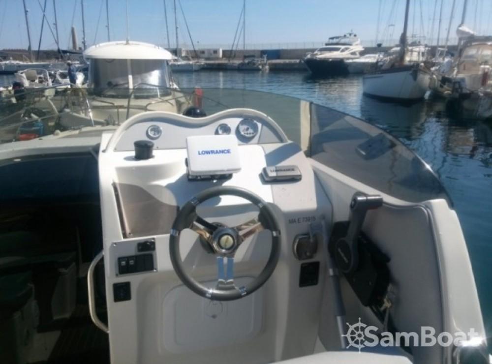 Rental Motor boat in Marseille - Eolo 750 day