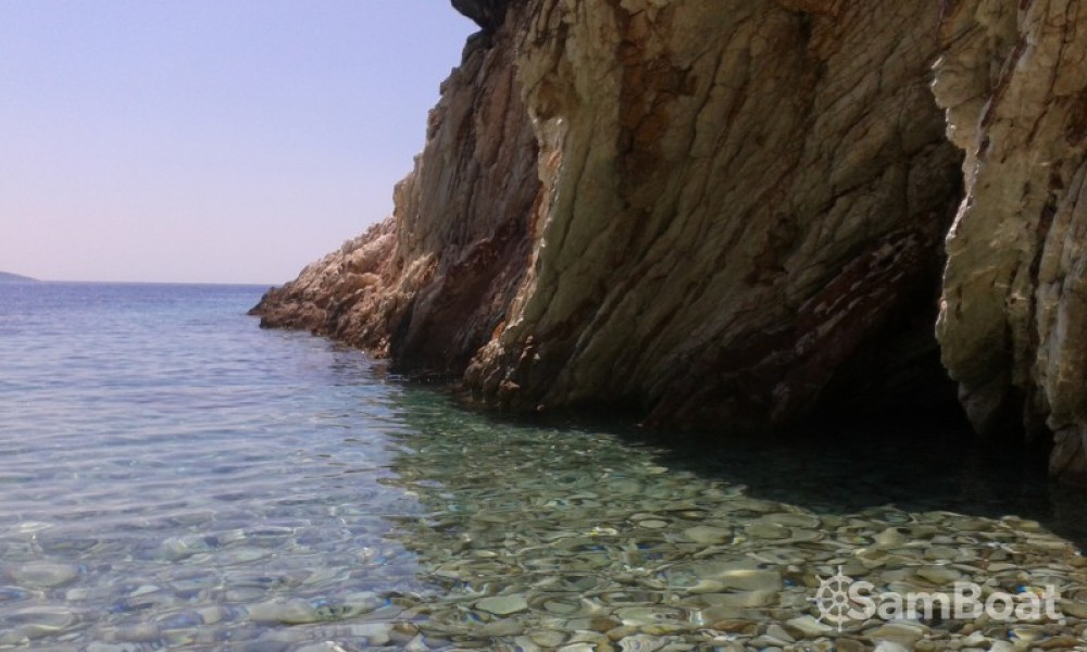 Boat rental Cantiere Del Pardo Grand Soleil 50 in Corfu on Samboat