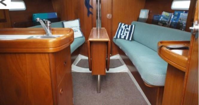 Boat rental Arzon cheap Oceanis 311 DL