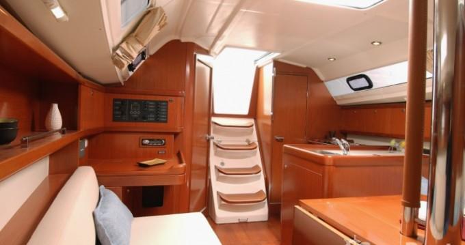 Rental yacht Port du Crouesty - Bénéteau Oceanis 31 Dl on SamBoat