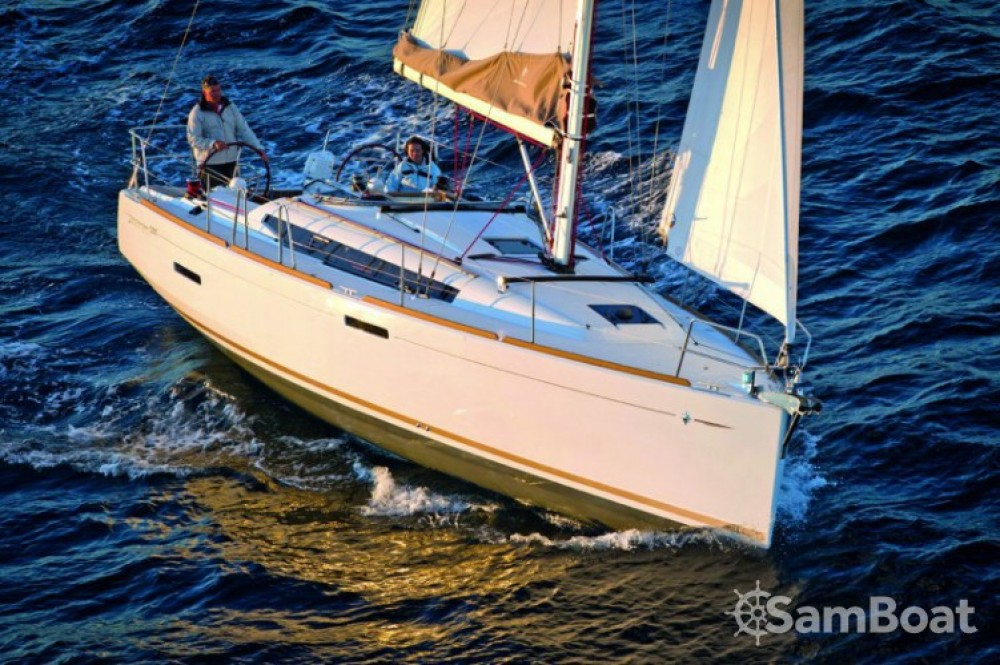 Rent a Jeanneau Sun Odyssey 389 DL Arzon