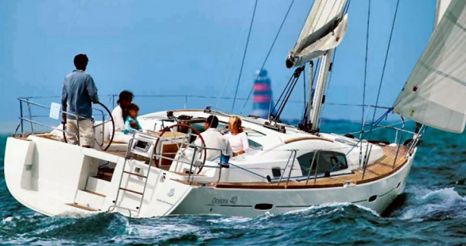 Rental Sailboat in Port du Crouesty - VanDutch VanDutch 40