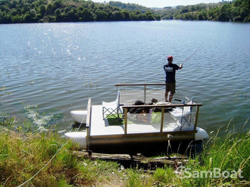 Hire Motor boat with or without skipper Waterlily-Boat Villerest