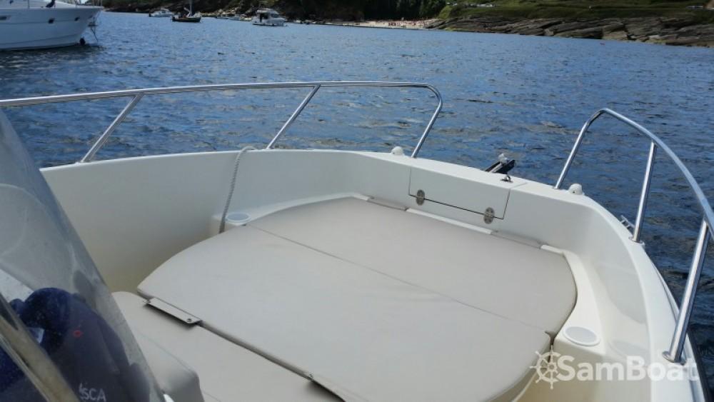 Boat rental Quicksilver Activ 675 Open in Lorient on Samboat