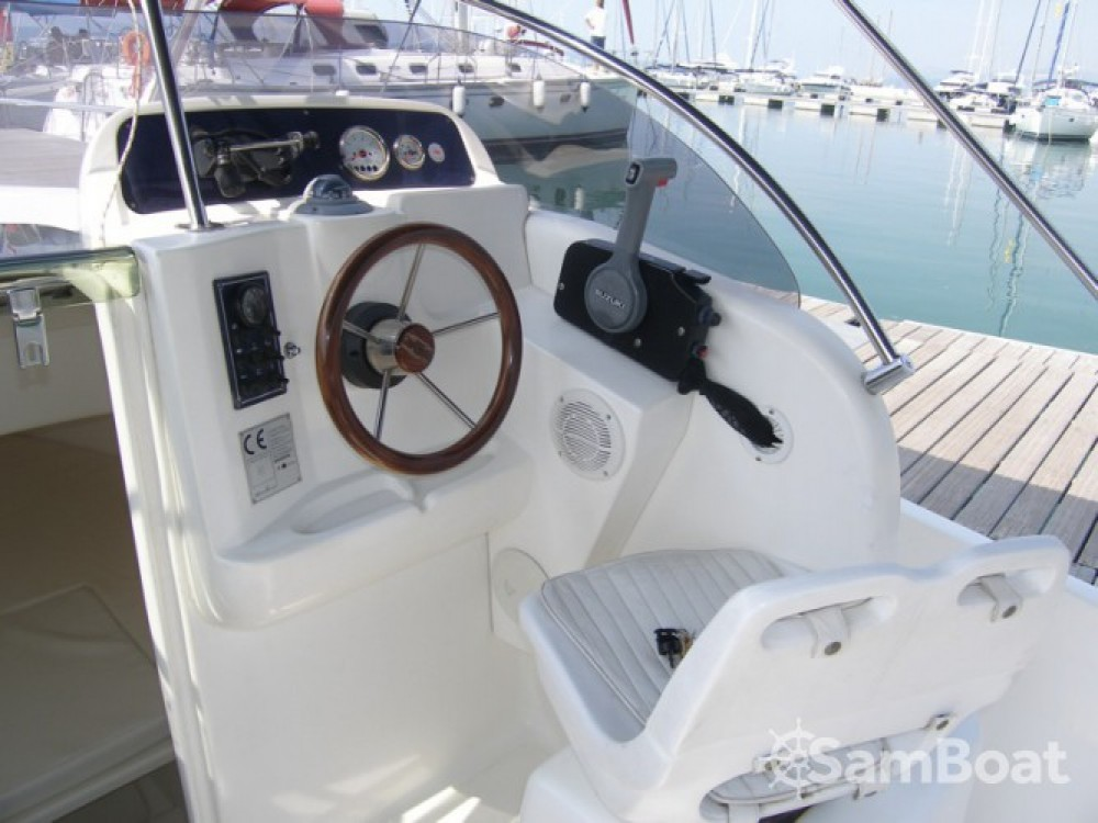 Rental Motorboat Seabird-655 with a permit