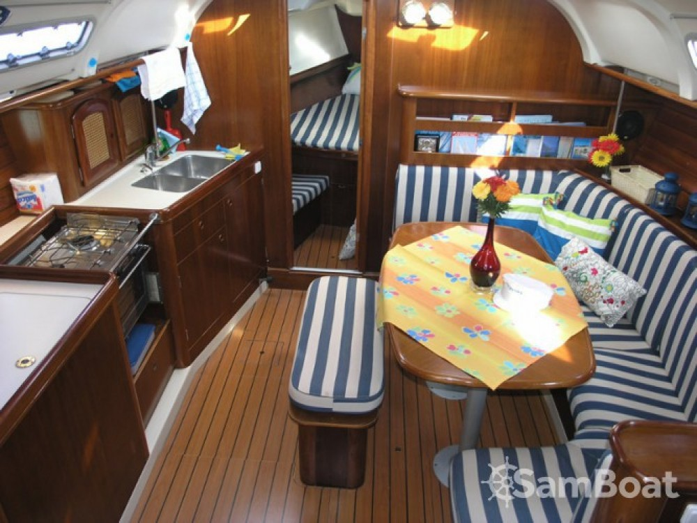 Rental Sailboat in Kalafationes - Bénéteau Oceanis 381