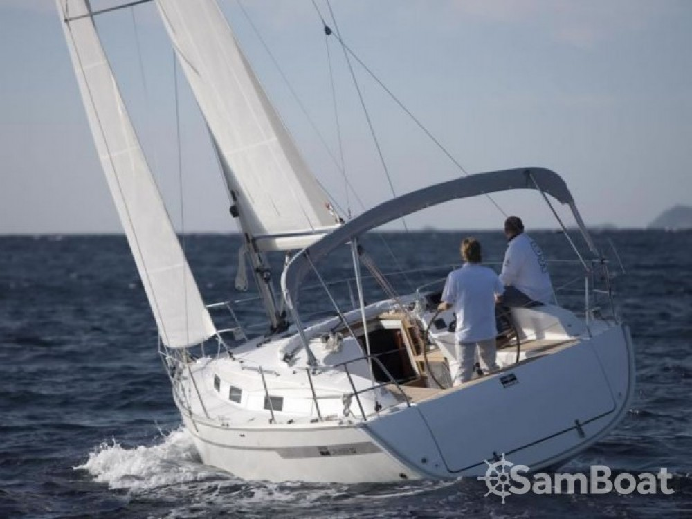 Rental Sailboat in Lefkada - Bavaria-33-Cruiser