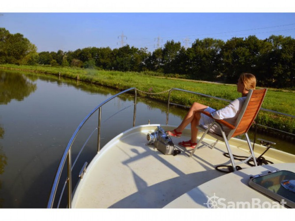Linssen Linssen Grand Sturdy 410 AC between personal and professional Venice