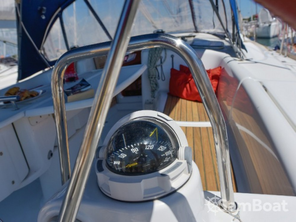 Rental Sailboat in Grad Biograd na Moru - Bénéteau Oceanis 43