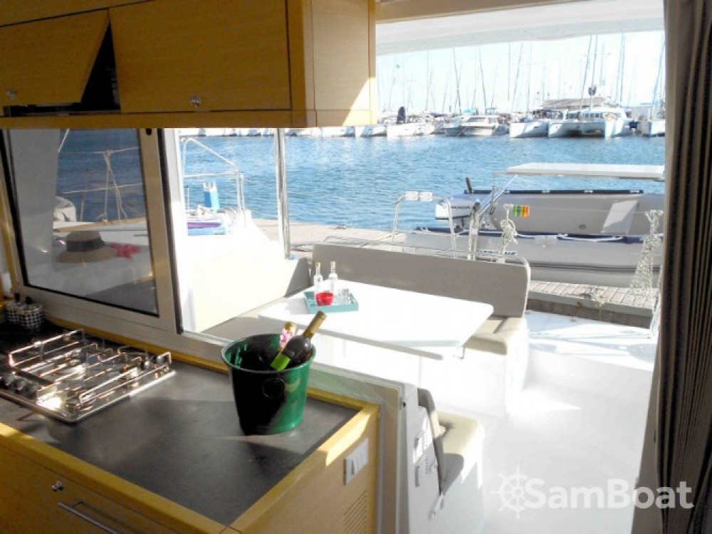 Rental Catamaran in Athens-Clarke County Unified Government - Lagoon Lagoon 400 S2