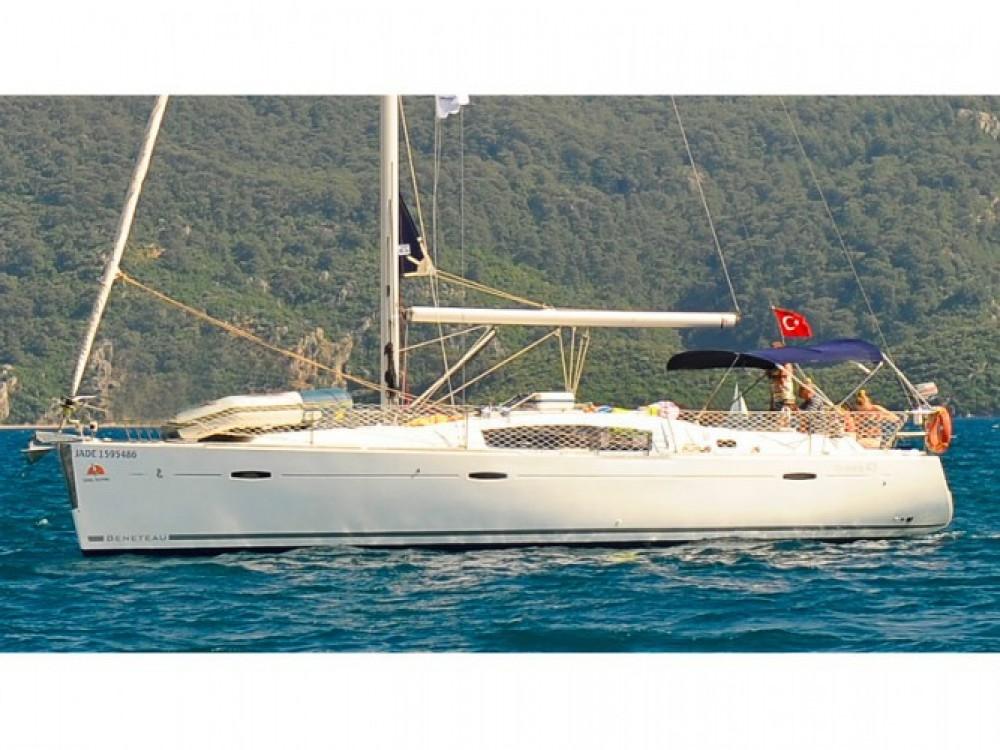 Bénéteau Oceanis 43 between personal and professional Marmaris