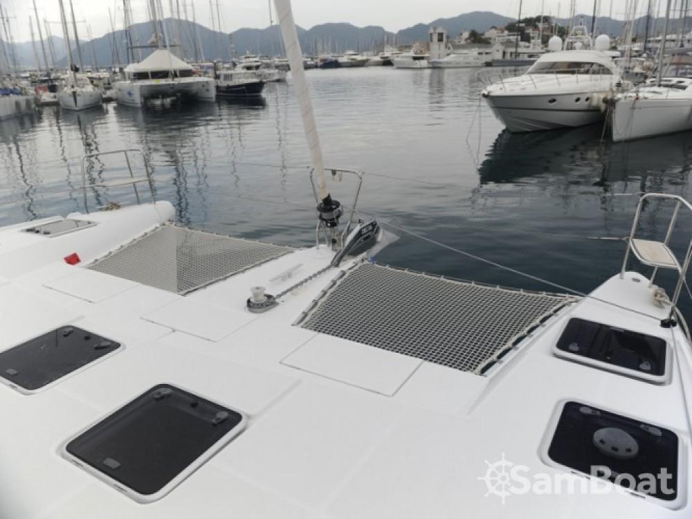 Rental yacht Marmaris - Lagoon Lagoon 421 on SamBoat