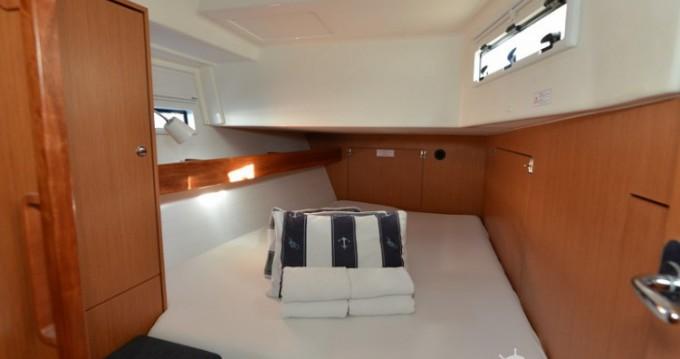 Boat rental Bavaria Bavaria 45 Cruiser in Biograd na Moru on Samboat