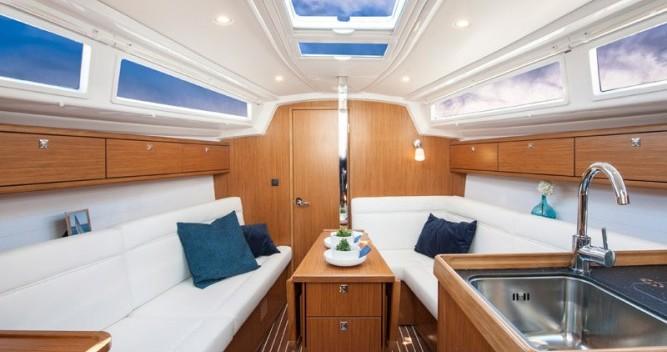 Boat rental Bavaria Cruiser 33 in Pirovac on Samboat