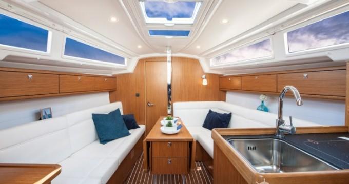 Rental Sailboat in Biograd na Moru - Bavaria Cruiser 33