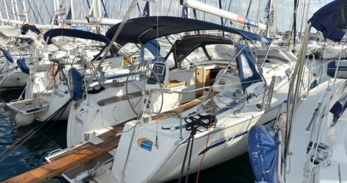 Boat rental Bavaria Bavaria 38 Cruiser in Biograd na Moru on Samboat