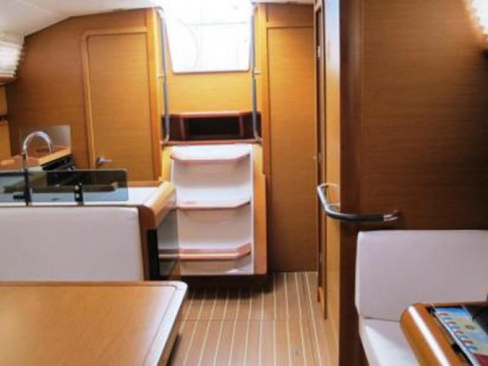 Boat rental Kaštel Gomilica cheap Sun Odyssey 409