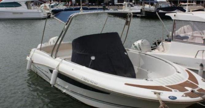 Rental Motorboat in Ciutadella de Menorca - Jeanneau Cap Camarat 715