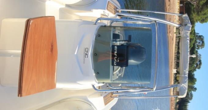 Boat rental Agay cheap Tempest 626