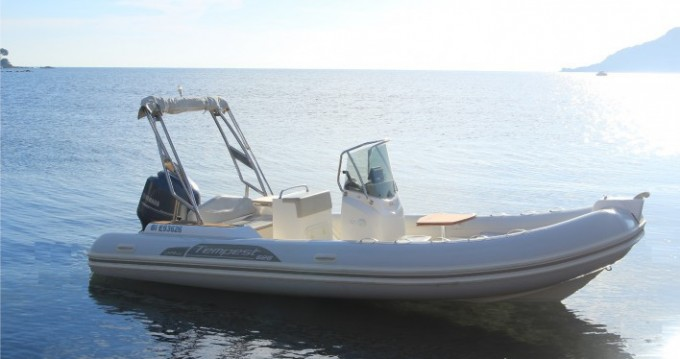 Boat rental Capelli Tempest 626 in Agay on Samboat