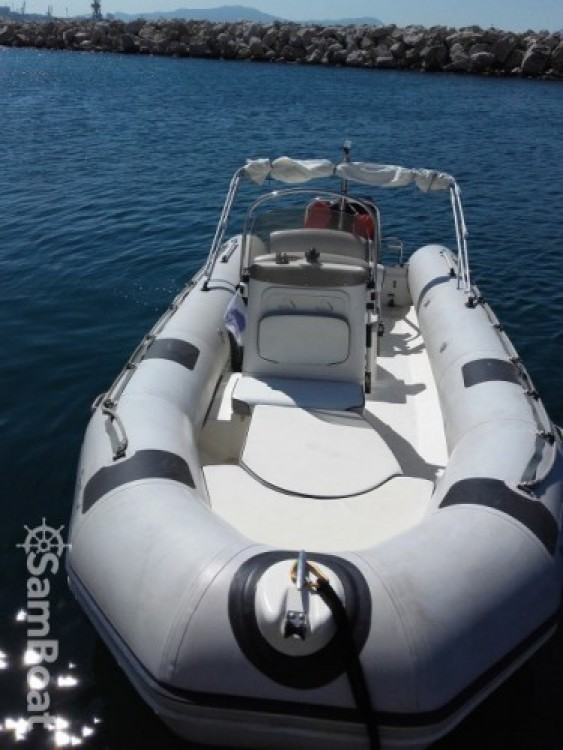 Rental RIB in Marseille - Bombard semi rigide