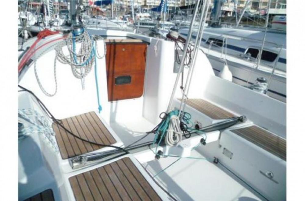 Rental yacht Arzon - Bénéteau First 31.7 on SamBoat
