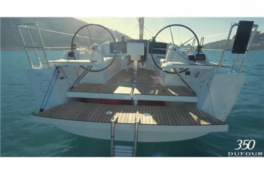 Rental Sailboat in Arzon - Dufour Dufour 360 Grand Large