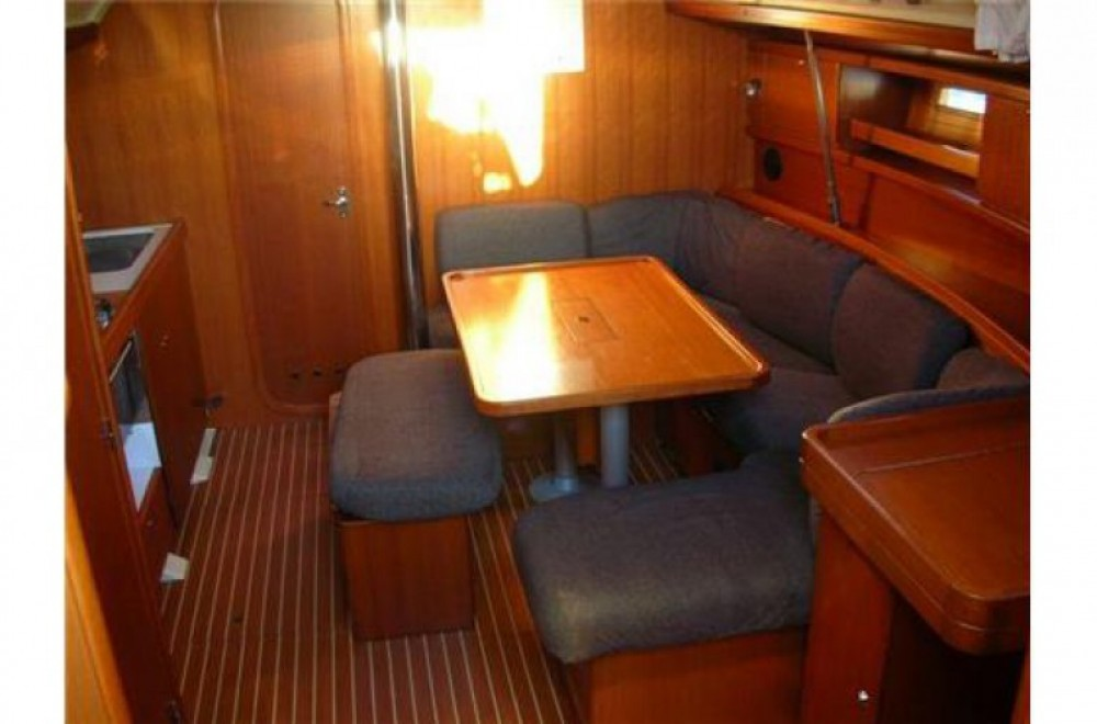 Boat rental Dufour 385 in Arzon on Samboat