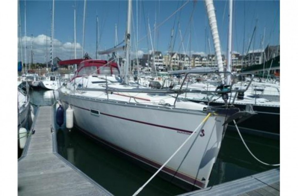 Rental Sailboat in Arzon - Oceanis 393