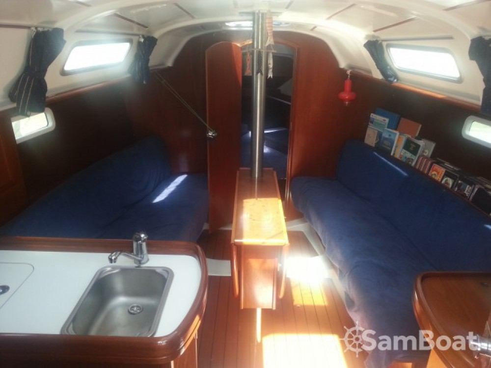 Rental Sailboat in Ibiza - Bénéteau Oceanis 311 Clipper