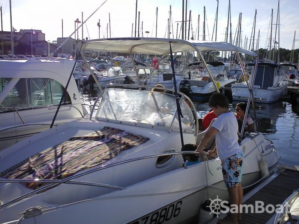 Boat rental Saint-Cyprien cheap Quicksilver 635 WA