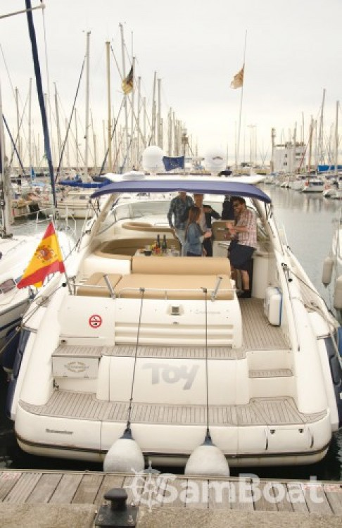 Rental Motorboat in Barcelona - Sunseeker Camargue