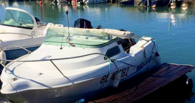 Boat rental Narbonne cheap Quicksilver 435 Open